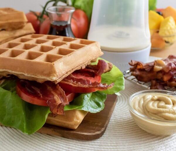 p2t3LDA7NWyJadE4L-Waffle-BLT-4