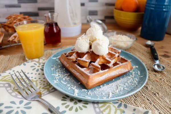 vmmTng2PjHRBRm8ok-Snowball-Waffles-9
